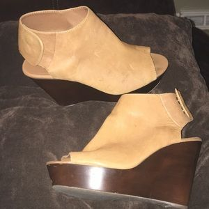 Cut out boot wedges